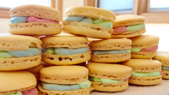 Pastel French Macarons